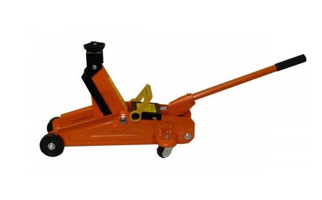 Modelos de Macaco Hidráulico de 2 toneladas. (Foto: Divulgação)
